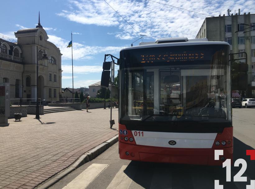 Луцьком курсуватимуть ще два новенькі тролейбуси. ФОТО