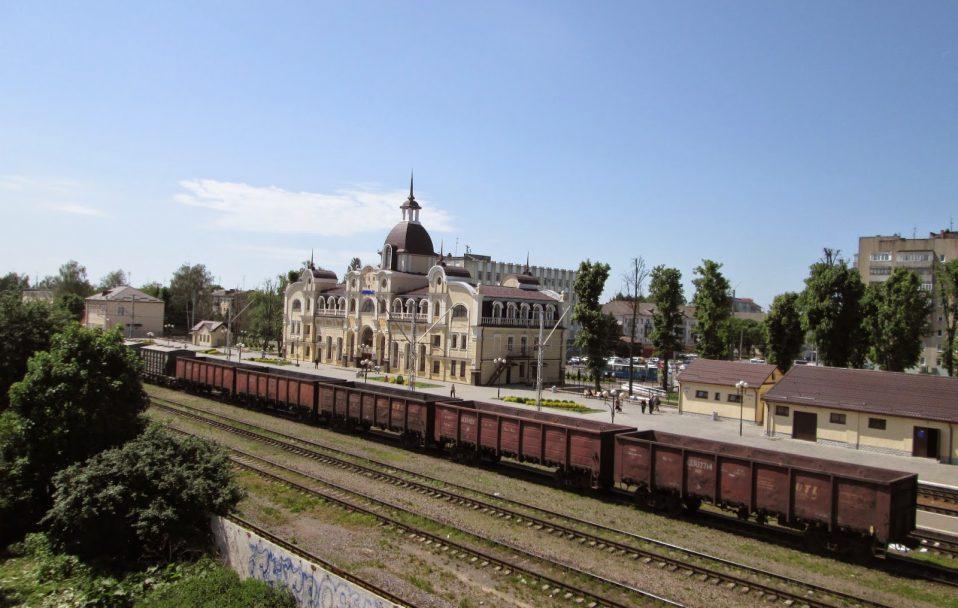 На залізничному вокзалі у Луцьку сталася пожежа. ФОТО