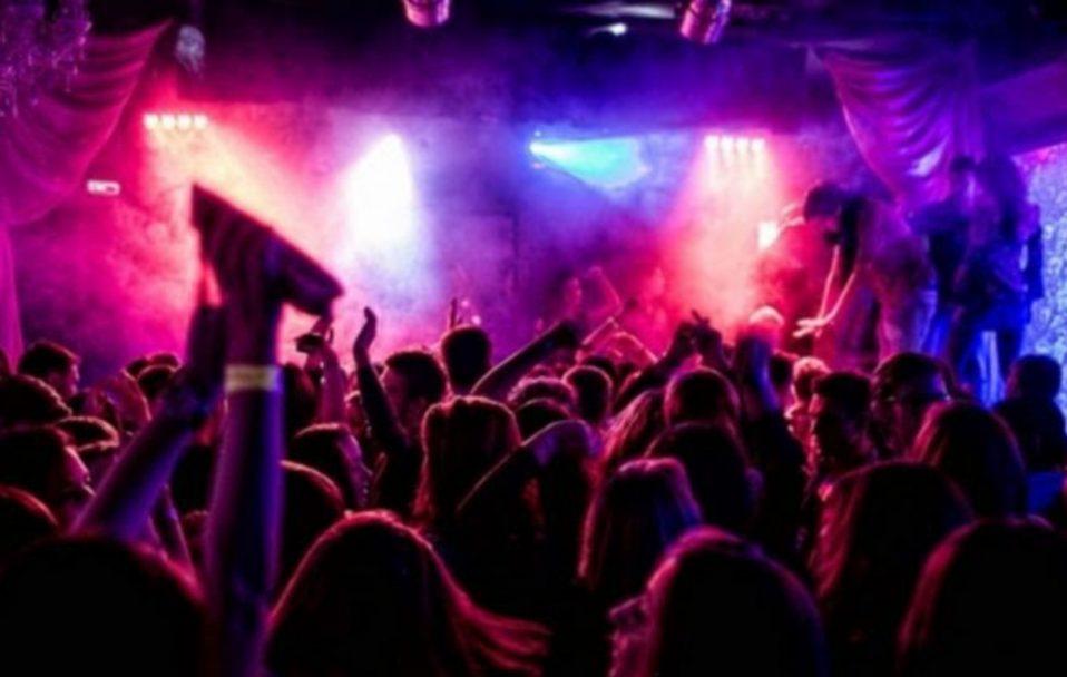 Кілька разів втрачала свідомість: у Луцьку в нічному клубі шестеро осіб побили жінку