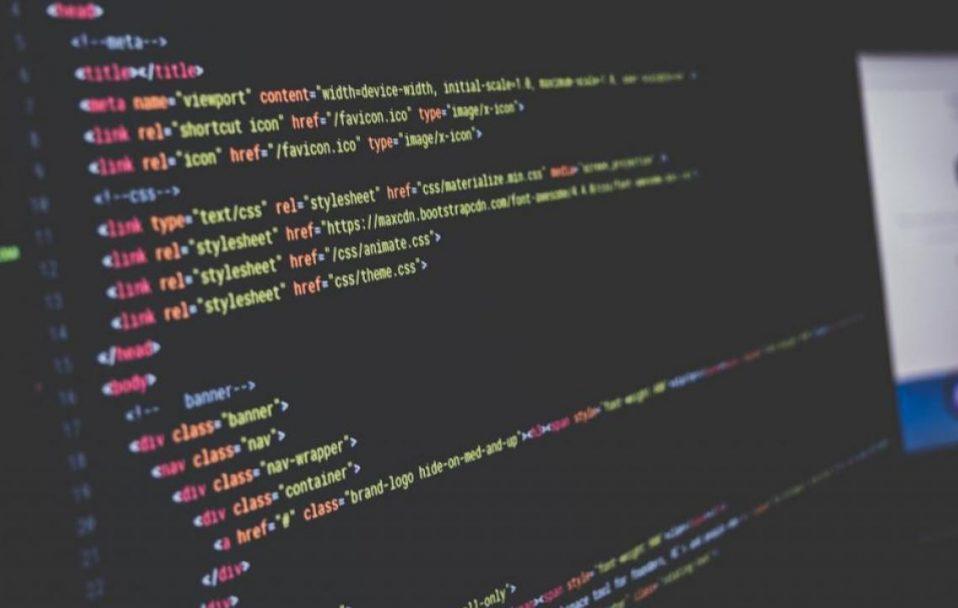 «Лягли» сайти провідних світових ЗМІ, онлайн-сервісів та держустанов. Що сталося?