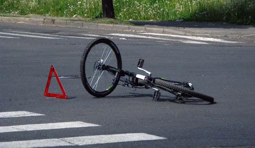 У Луцьку – аварія за участі маршрутки і велосипедиста