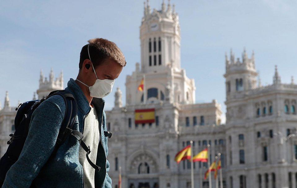 Іспанія відкривається для невакцинованих туристів з України