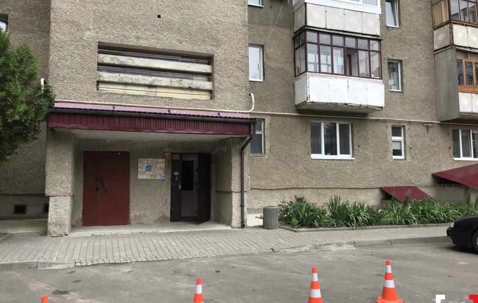 Нападник розказав про скоєне сусідці. Подробиці подвійного вбивства у Луцьку. ВІДЕО