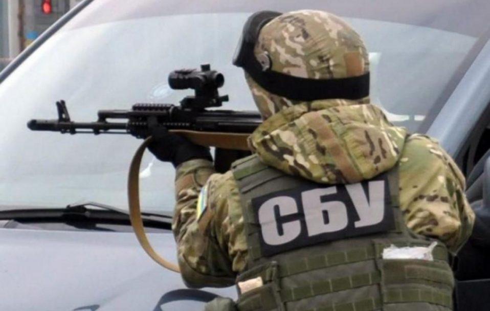 СБУ затримала своїх працівників, які напали на прикордонників