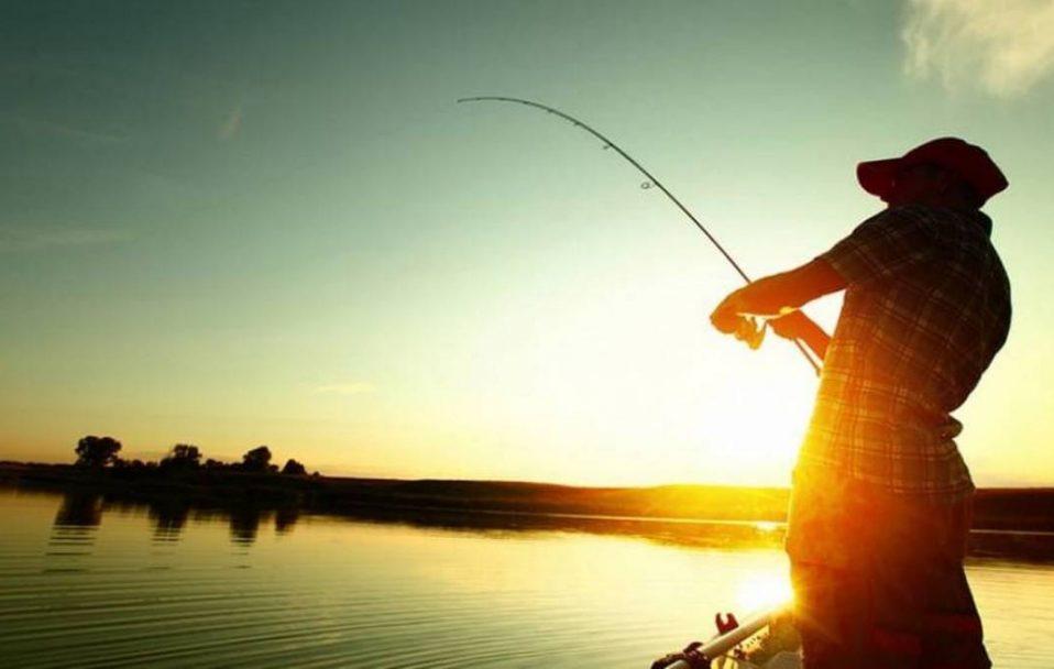 Під Луцьком влаштували змагання юних рибалок. ВІДЕО