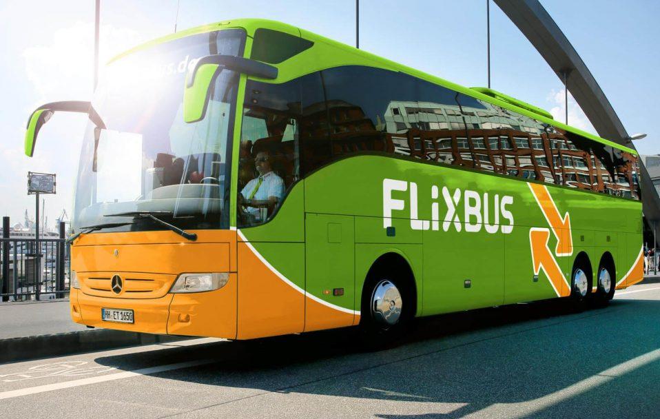 Їхатиме через Луцьк: запускають новий автобус до Польщі