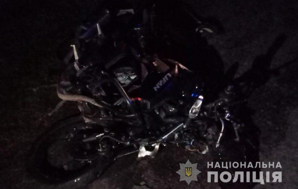 Смертельна аварія у Луцькому районі: мотоцикліст врізався у легковик. ФОТО