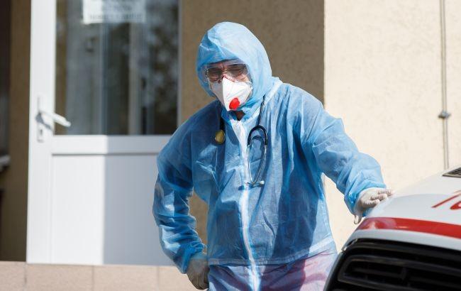 У понад 2 тисяч українців виявили коронавірус за добу. Госпіталізацій – 1 257