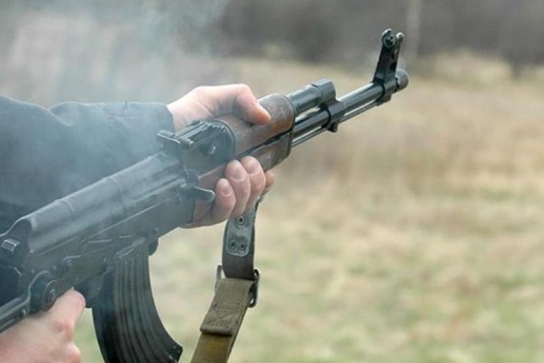 Авто першого помічника Зеленського обстріляли, є поранені