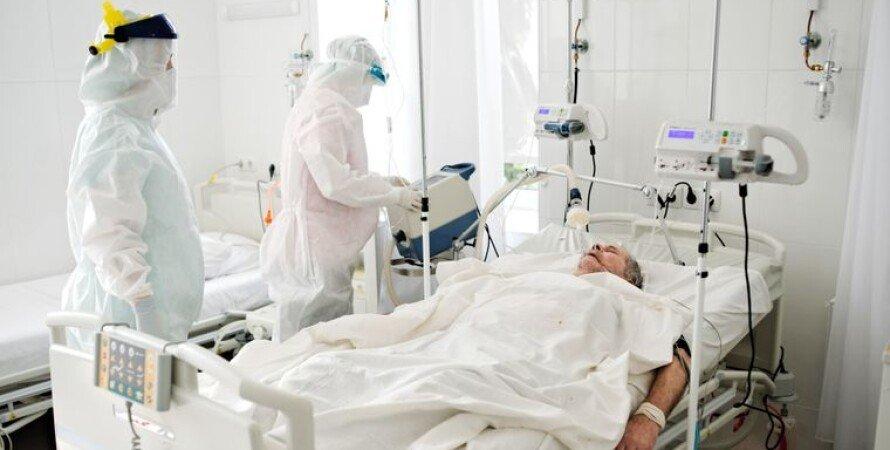 В Україні – 4,6 тисячі нових хворих на коронавірус. На Волині – 102