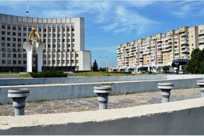 У Луцьку хочуть відновити фонтан на Київському майдані. Оголосили конкурс на кращий проєкт