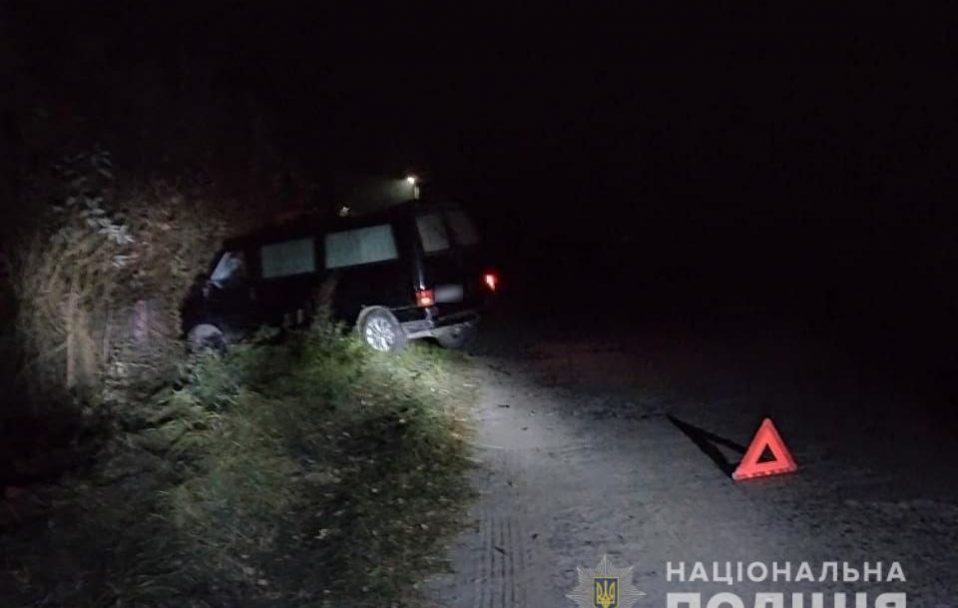 На Волині п'яний водій виїхав на узбіччя і збив на смерть жінку
